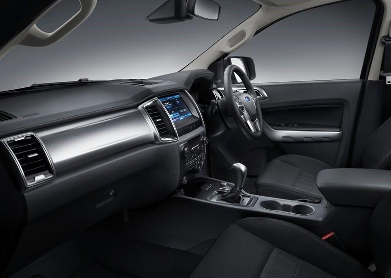 ford ranger 2018 2.0 - nội thất