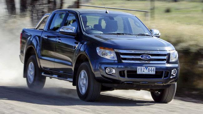 Ford Ranger XLS 4x2 AT là mẫu xe lý tưởng cho các gia đình