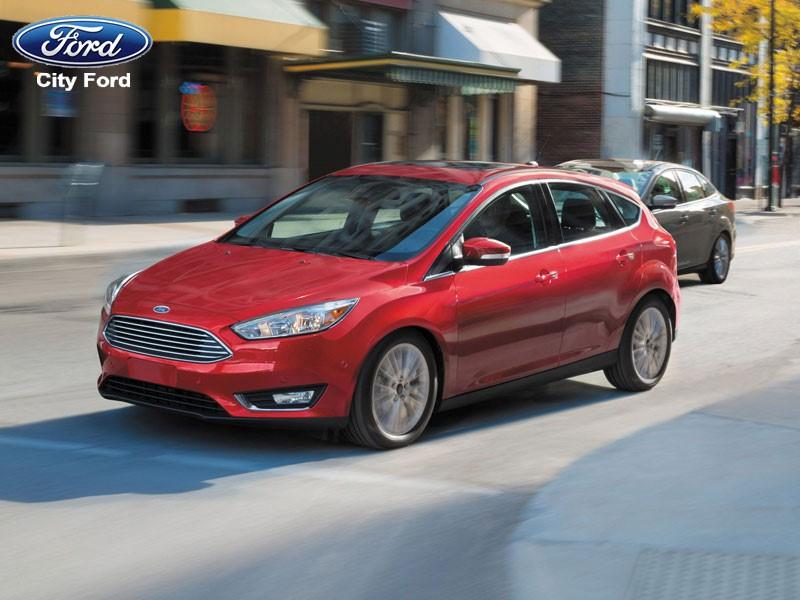 Ford Focus HB là người bạn đường đáng tin cậy trên những đoạn cao tốc