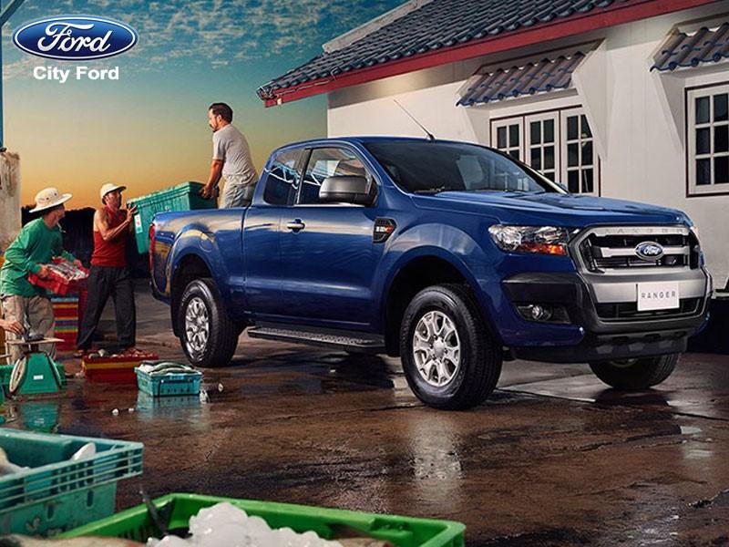 """Bởi chính sự tiện dụng của mình mà Ford Ranger đang rất """"cháy hàng"""" trên mọi phiên bản"""