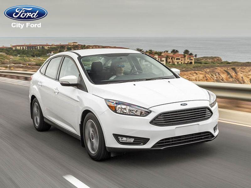 Ford Focus có những trang bị mang lại an toàn cho người ngồi bên trong.