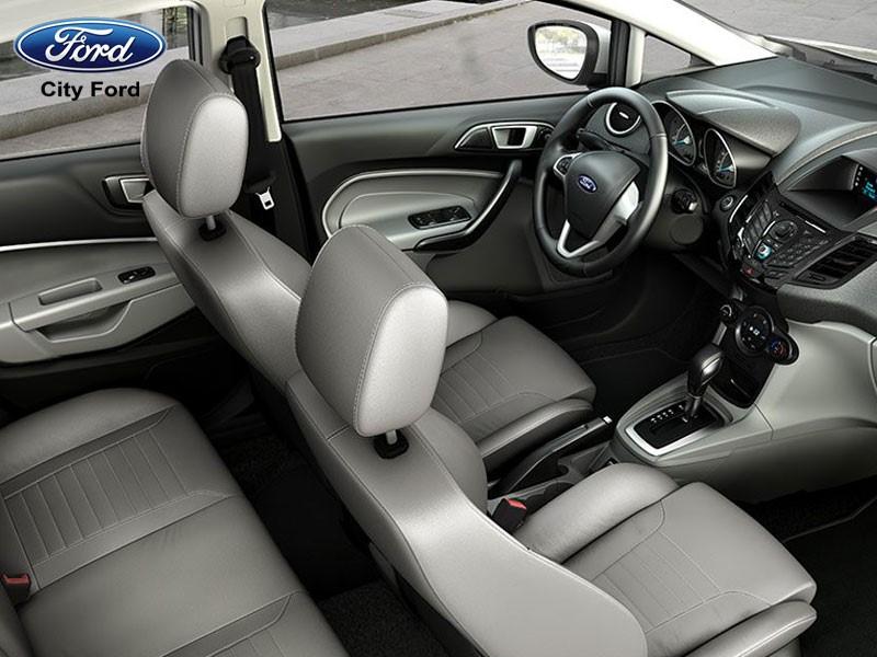 Nội thất xe Ford Fiesta 2018 tinh tế, tiện nghi