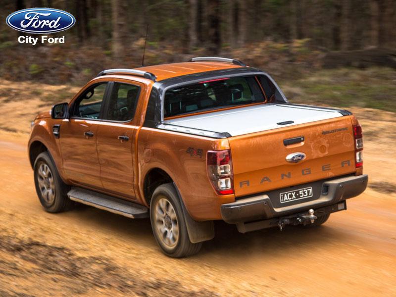 Động cơ mạnh mẽ nổi trội của xe Ford Ranger