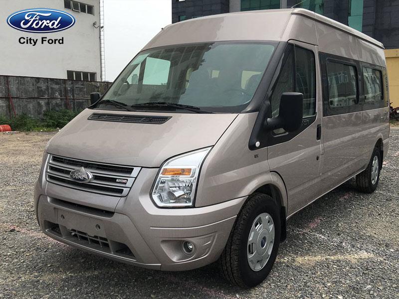 Ford Transit mang đến sự tiện lợi và cảm giác an toàn tuyệt đối