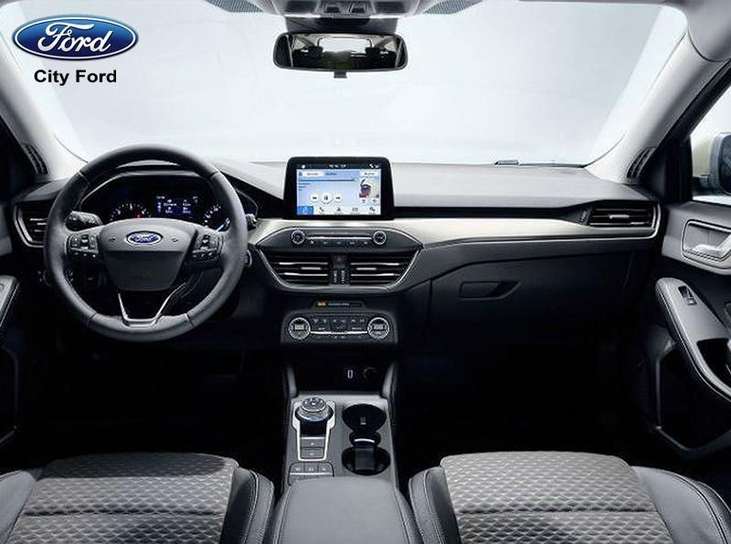 Nội thất Ford Focus 2019 được thiết kế sang trọng, tích hợp nhiều công nghệ mới