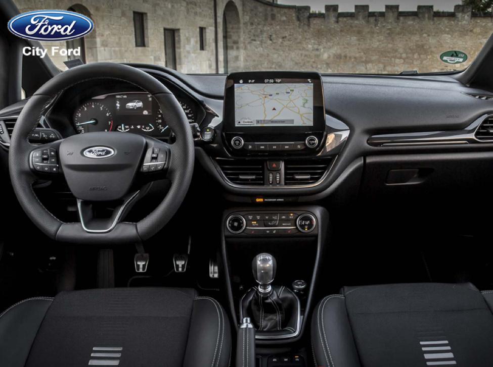 Nội thất phiên bản Ford Focus 2018