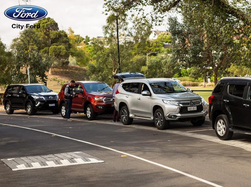 Công nghệ đỗ xe tự động là công nghệ gần như độc quyền của Ford
