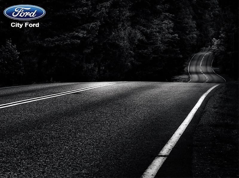 Giữ bình tĩnh khi lái qua những đoạn không có đèn đường