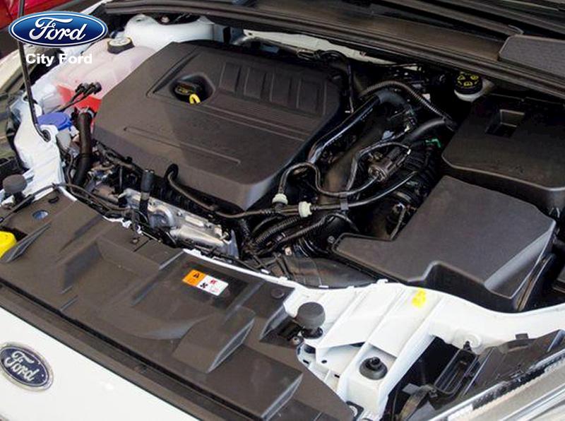 Động cơ mạnh mẽ của Ford Focus Titanium 2019