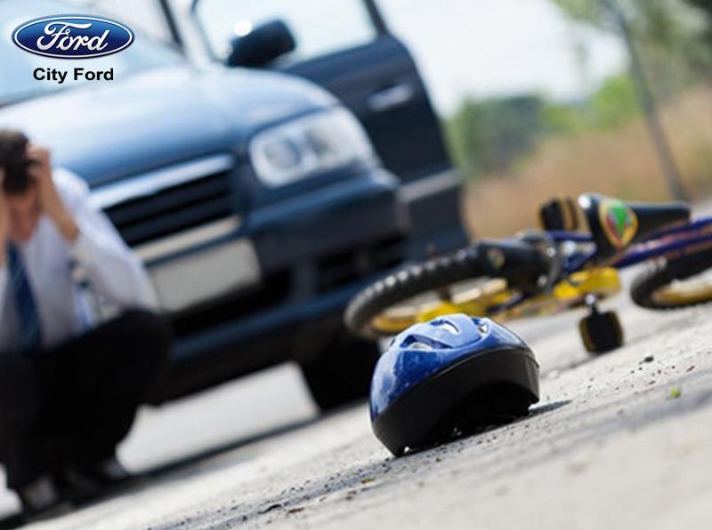 City Ford khuyên bạn nên mở cửa ô tô đúng cách để tránh xảy ra các tai nạn đáng tiếc