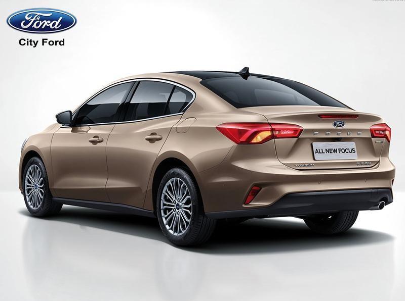Mẫu thiết kế đẹp mắt của Ford Focus Ecoboost Sedan