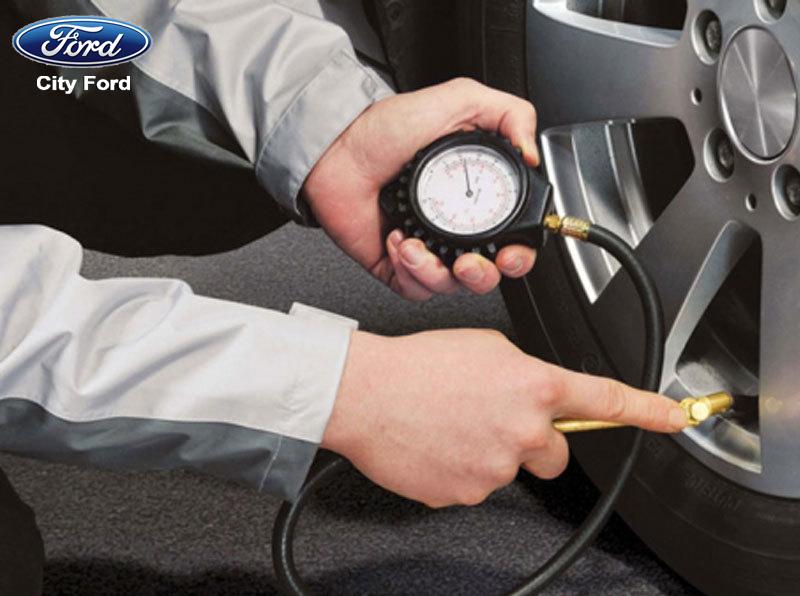 Nên kiểm tra kỹ lưỡng các bộ phận để nắm được tình trạng chung của xe